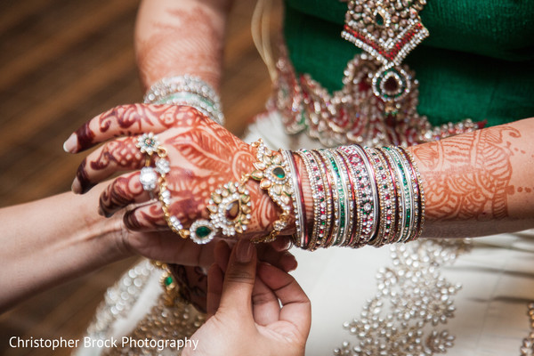 bride getting ready,indian bride getting ready,getting ready images,getting ready photography,getting ready,bridal mehndi,bridal henna,henna,mehndi,mehndi for indian bride,henna for indian bride,mehndi artist,henna artist,mehndi designs,henna designs,mehndi design