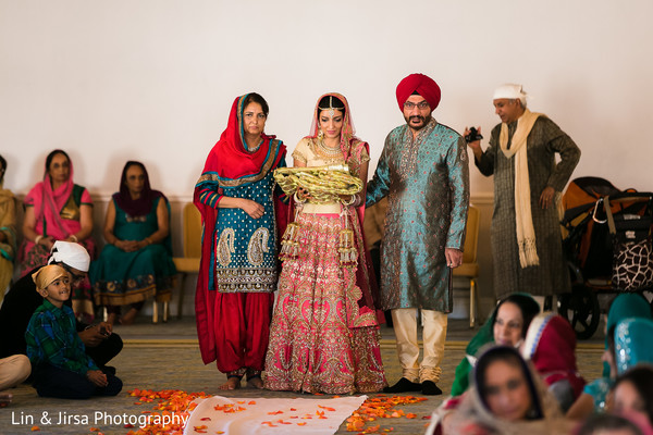 Ceremony in Coronado, CA Indian Wedding by Lin & Jirsa Photography