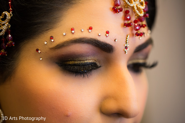 Getting Ready in Kuala Lumpur, Malaysia Indian Wedding by JD Arts Photography