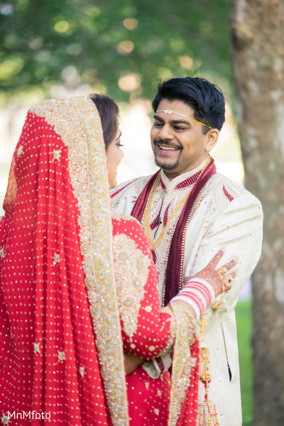 First Look in Houston, TX Indian Wedding by MnMfoto