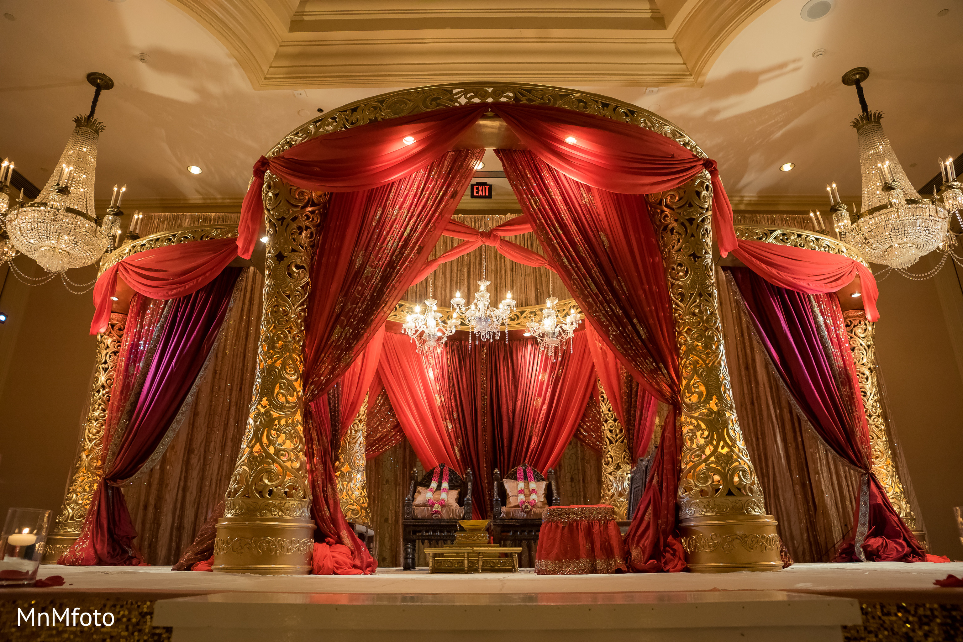 Mandap Ceremony Decor In Houston Tx Indian Wedding By Mnmfoto Maharani Weddings
