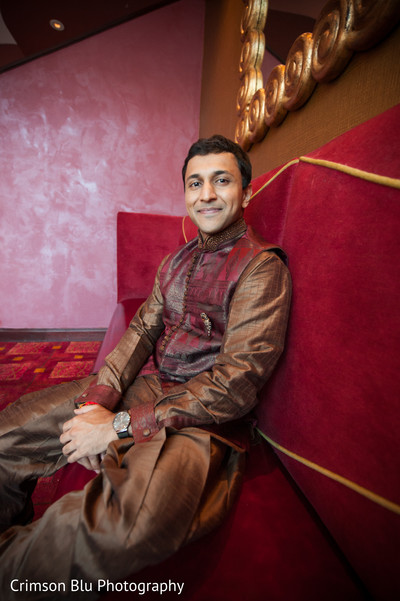 garba,portraits,pre-wedding portraits,pre-wedding fashion,sherwani