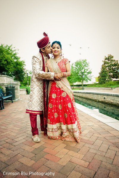first look,first look portraits,portraits,outdoor portraits,outdoor,bridal fashion,lengha,groom fashion,sherwani