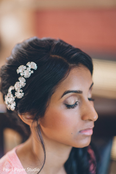 Getting Ready in Rockleigh, NJ South Asian Wedding by Pearl Paper Studio