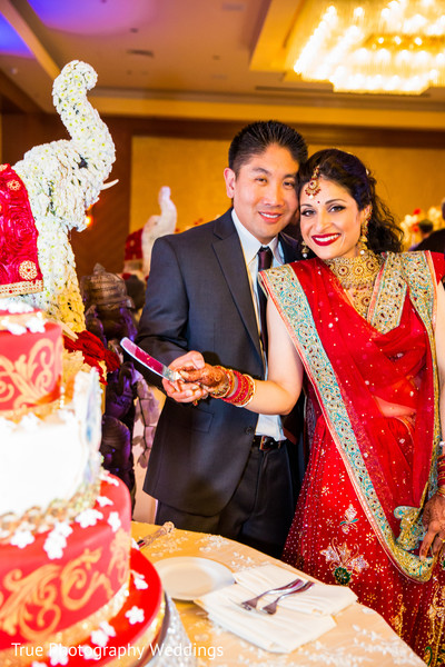 reception,indian wedding reception,reception fashion,cake cutting
