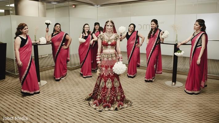 indian wedding portraits,indian bridal fashions,indian sari,indian bridal party,indian bridesmaids,indian wedding lengha,indian bridal bouquet