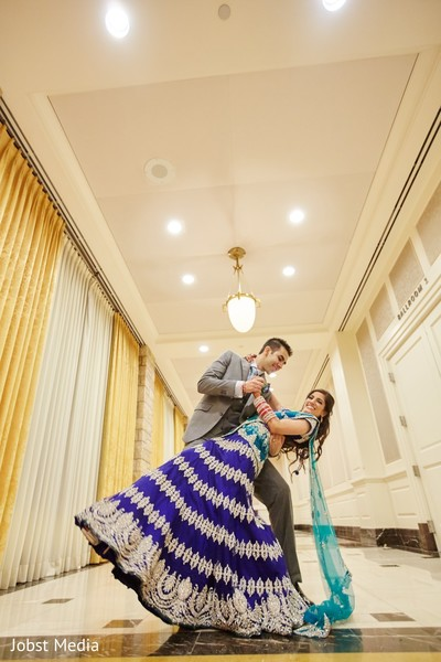 indian wedding portrait,indian wedding portraits,outdoor indian wedding portraits,indian wedding lengha