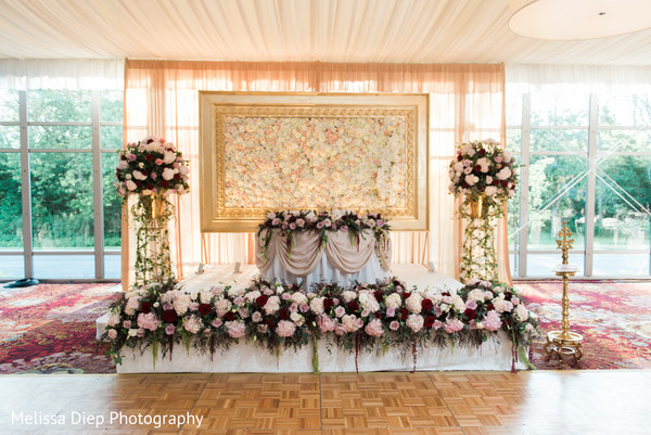 Sweetheart Stage in Lincolnshire, IL Indian Wedding by Melissa Diep Photography