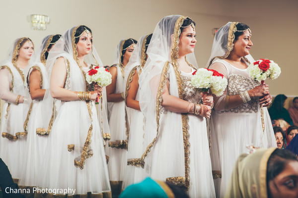 sikh,sikh ceremony,sikh indian wedding ceremony,ceremony,bouquets,anarkali,bridal party,bridesmaids