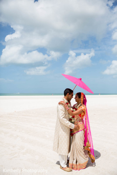 portraits,outdoor portraits,bridal fashion,groom fashion,sari