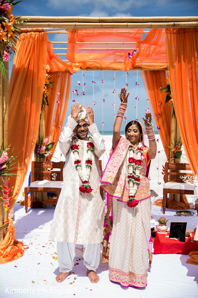 destination indian wedding,outdoor ceremony,indian wedding ceremony