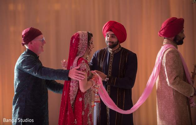 sikh wedding ceremony,sikh ceremony,sikh wedding,ceremony