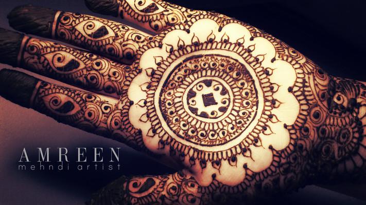 Mehndi Artist : Mehndi maharani finalist amreen artist