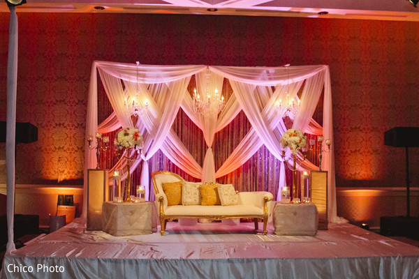 indian wedding reception,indian weddings,indian wedding reception floral and decor,indian wedding floral and decor