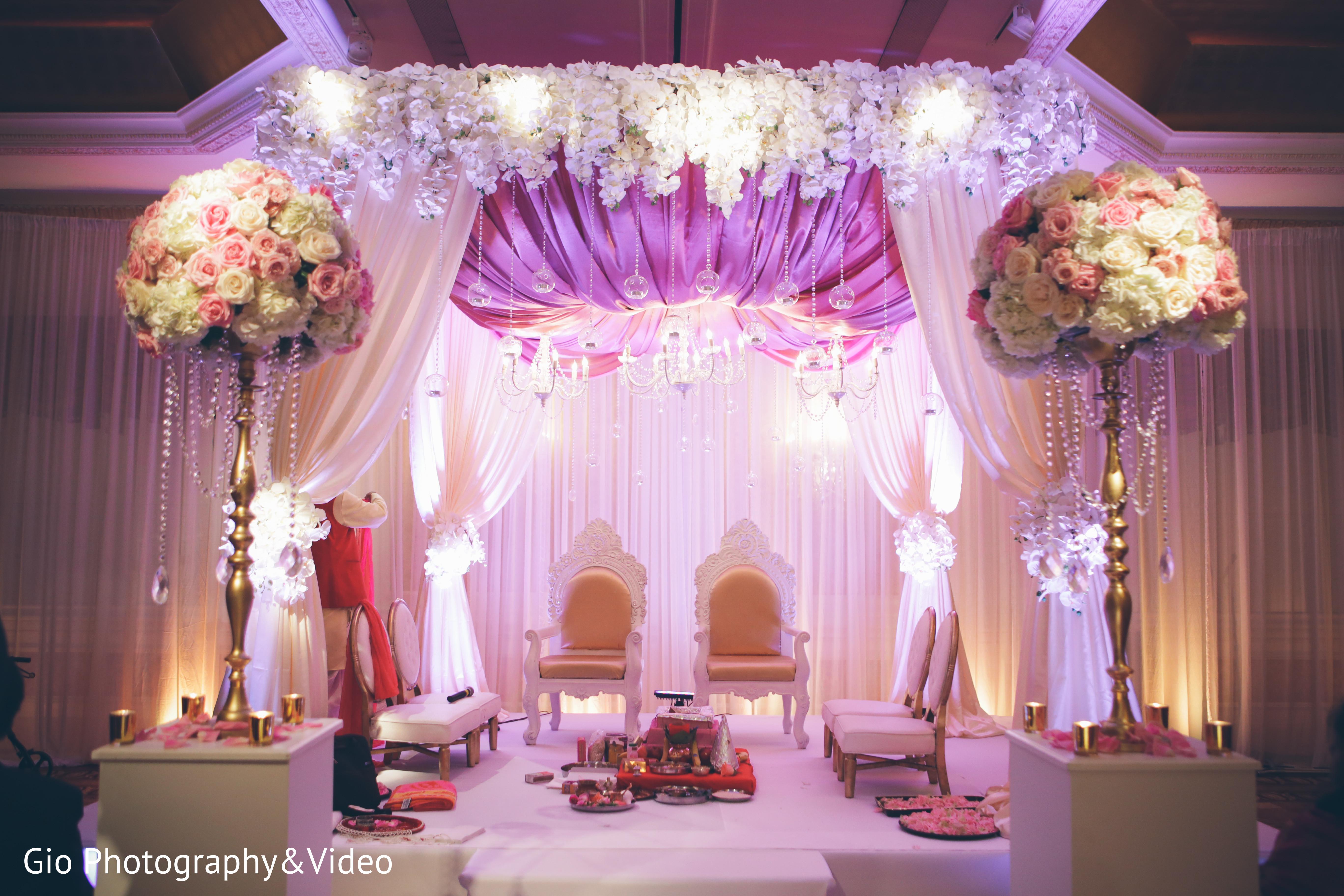 Ceremony in garden city ny indian wedding by gio photography ceremony in garden city ny indian wedding by gio photography video maharani weddings junglespirit Gallery