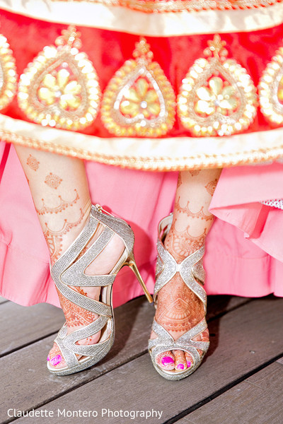 Getting Ready in New York, NY Indian Wedding by Claudette Montero Photography