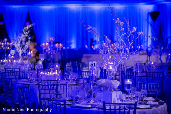 reception,reception decor,floral arrangements,floral centerpieces,centerpieces