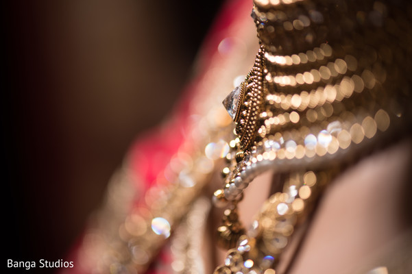 Getting Ready in Chicago, IL Indian Wedding by Banga Studios