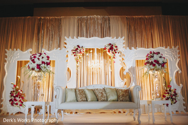 Sweetheart Stage in Columbus, OH Indian Wedding by Derk's Works