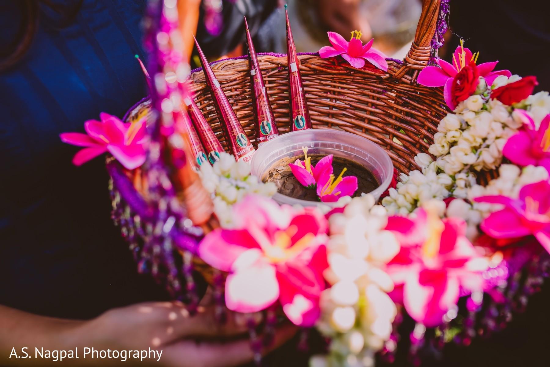 Mehndi Party Bags : Mehndi celebration in princeton nj indian wedding by a s nagpal