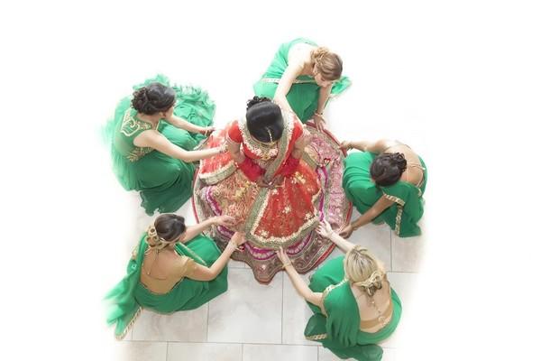 bride getting ready,indian bride getting ready,getting ready images,getting ready photography,getting ready,bridal party,indian bridal party,indian wedding party,wedding party,indian bridal party portraits,wedding party portraits,indian wedding party portraits
