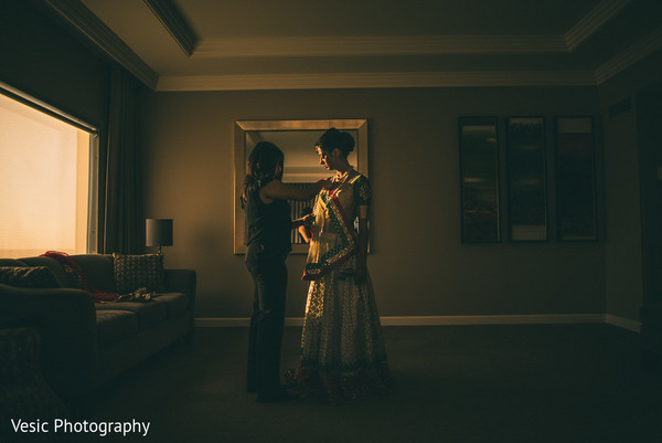 Getting Ready in Charlotte, NC Indian Wedding by Vesic Photography