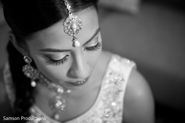 First Look Portratis in St. Louis, MO Indian Wedding by Samson Productions