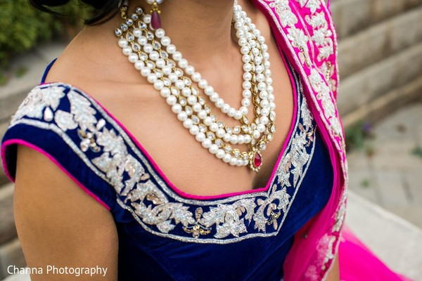 Bridal Jewelry in Toronto, Canada Sikh Indian Wedding by Channa Photography