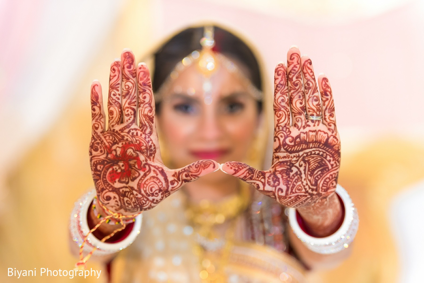 Mehndi Bridal Photoshoot : Mehndi in houston tx indian wedding by biyani photography