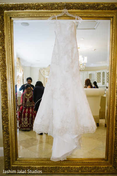 Getting Ready in New Rochelle, NY Hindu Fusion Wedding by Jashim Jalal Studios