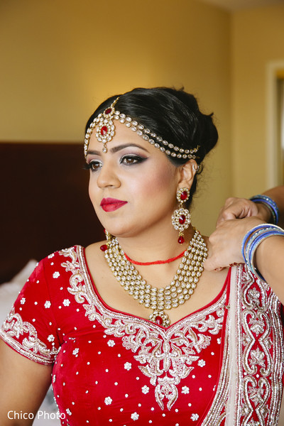 Getting Ready in Norwalk, CA Indian Wedding by Chico Photo