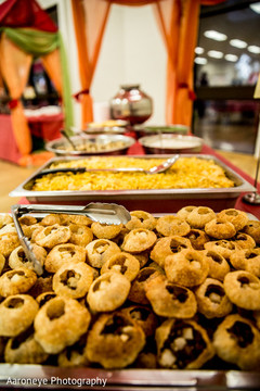 Inspiration Photo Gallery – Indian Weddings: Appetizers for indian ...