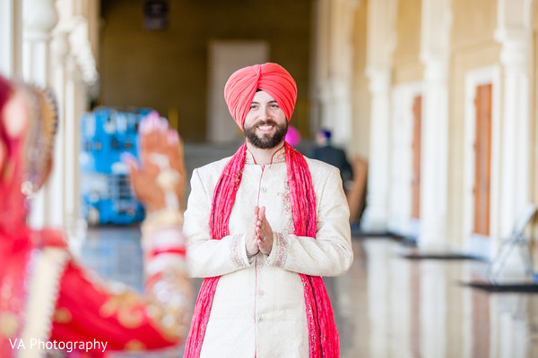First Look in San Jose, CA Sikh Fusion Wedding by VA Photography