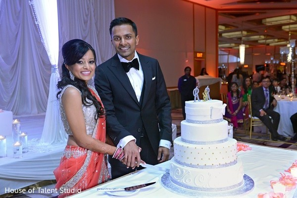 indian wedding photography,indian wedding pictures,indian wedding reception photos,indian wedding reception,indian wedding cakes,indian weddings,indian bride and groom reception,indian bride and groom photography