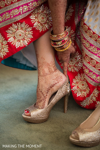 indian bride getting ready,indian bridal accessories,indian wedding shoes,indian bridal footwear,indian bridal mehndi,indian bridal henna,indian wedding henna,indian wedding mehndi,mehndi for indian bride,henna for indian bride,indian weddings,indian wedding design