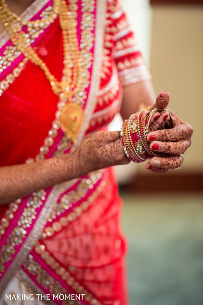 Getting Ready in Cleveland, OH Indian Wedding by Making the Moment