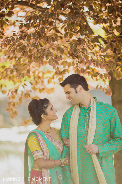 indian wedding party portraits,indian pre-wedding fashion,indian bride and groom,indian wedding pre-wedding photos,indian wedding portraits,portraits of indian wedding,indian wedding ideas,indian wedding photography,indian wedding photo,indian bride and groom photography