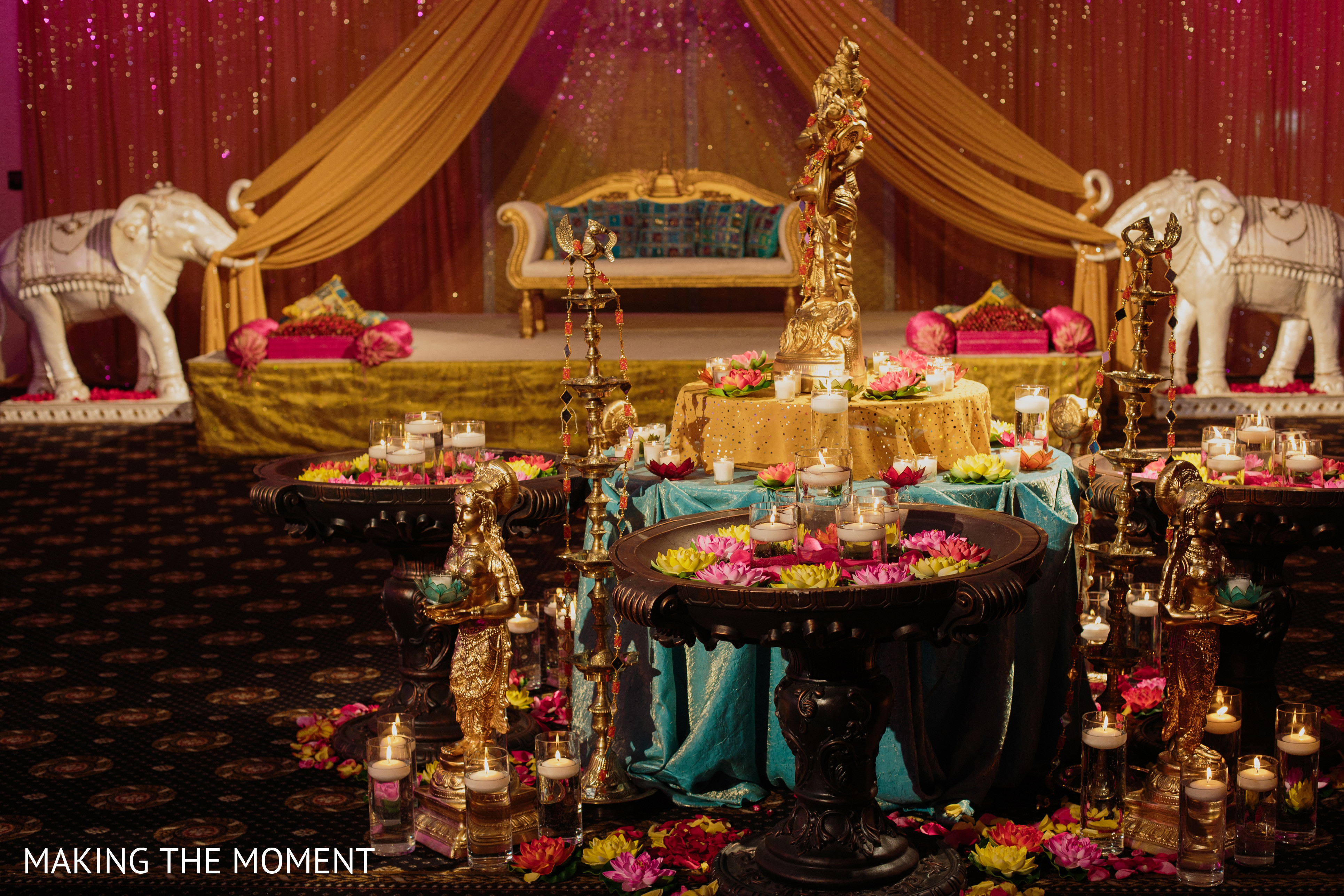 Floral decor in cleveland oh indian wedding by making the floral decor in cleveland oh indian wedding by making the moment maharani weddings junglespirit Image collections