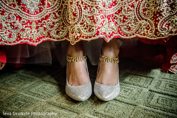 bride getting ready,indian bride getting ready,getting ready images,getting ready photography,getting ready,bridal accessories,indian bridal accessories,indian bride shoes,shoes for indian brides,shoes for indian bride,designer shoes for indian brides,indian bridal footwear,bridal footwear,shoes,bridal shoes,wedding shoes,designer shoes
