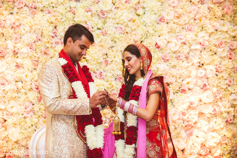 Desi Indian Hot bhabhi Nude Bhabhi Images Desi kahani Gopika sister wedding photos