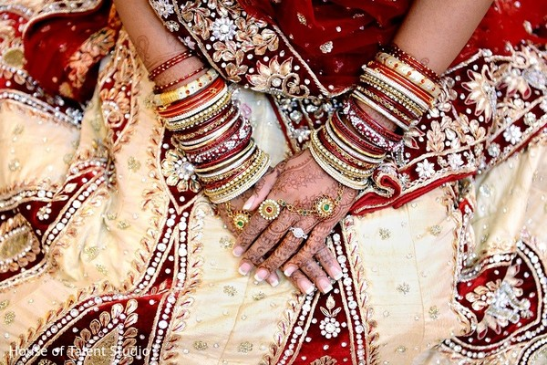 indian wedding bangles,indian bridal bangles,indian church wedding,indian weddings
