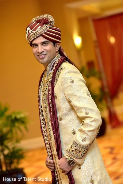 portraits of indian wedding,indian groom,indian groom fashion,indian wedding portrait,indian wedding portraits,indian groom photography,indian weddings