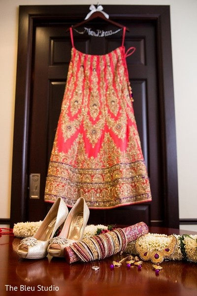 Getting Ready in Somerset, NJ Indian Wedding by The Bleu Studio