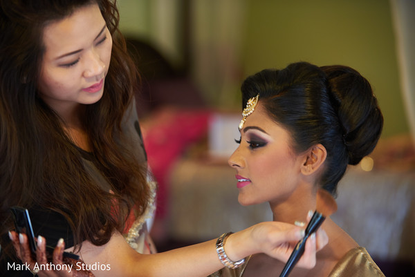 indian bride getting ready,indian bridal hair and makeup,indian bride makeup,indian wedding makeup