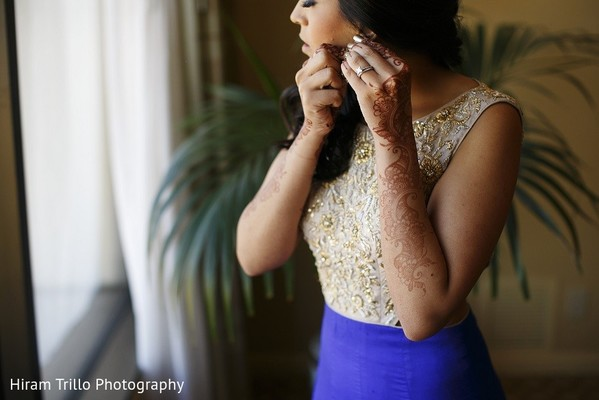 Getting Ready in Irving, TX Indian Wedding by Hiram Trillo Art Photography