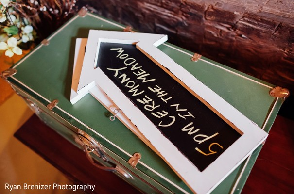 Signs in Shokan, New York Fusion Wedding by Ryan Brenizer Photography