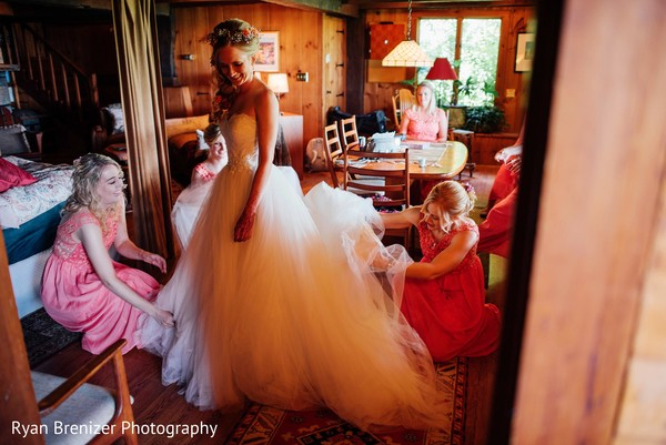 white wedding dress,white dress,white wedding gown,wedding dress,wedding dress for indian bride,wedding gown for indian bride,bride getting ready,indian bride getting ready,getting ready images,getting ready photography,getting ready