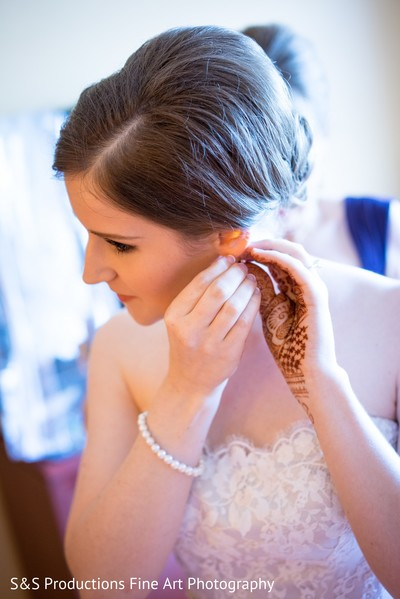 Bride Getting Ready for the Reception in Norman, Oklahoma Fusion Wedding by S&S Productions Fine Art Photography