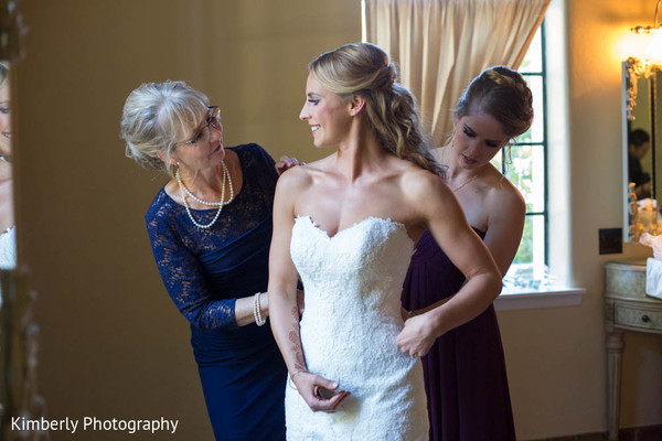 bride getting ready,getting ready images,getting ready photography,getting ready