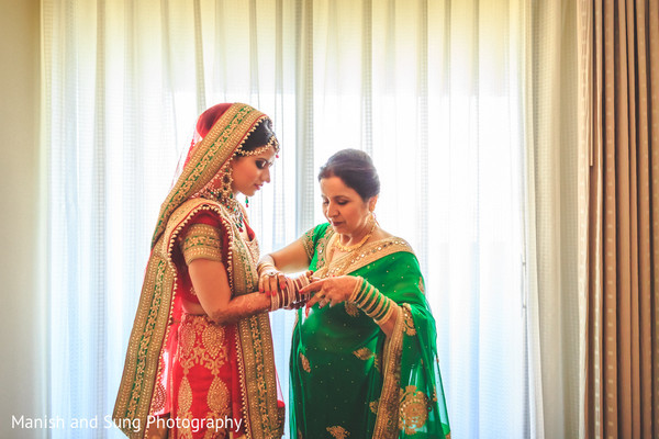 Getting Ready in New Brunswick, NJ Indian Wedding by Manish and Sung Photography